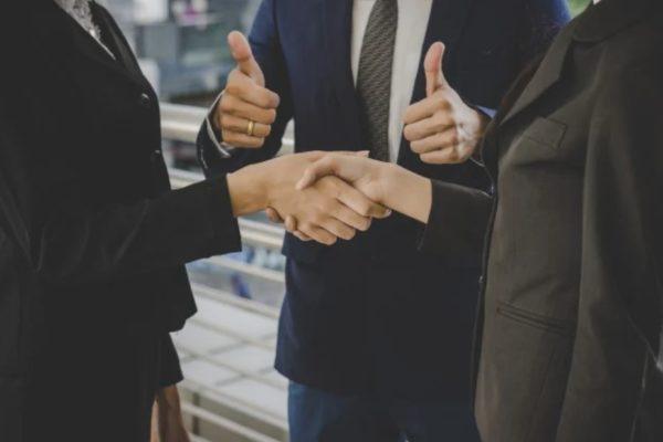 Как передать бизнес в управление